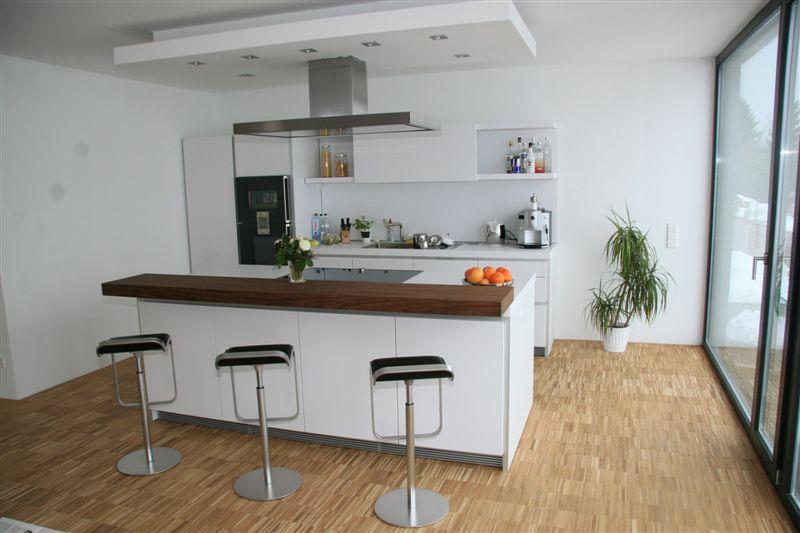 offene kche mit theke. Black Bedroom Furniture Sets. Home Design Ideas